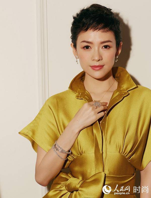 章子怡黄色丝绸长裙盛装出席华表奖气场全开【2】