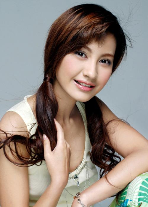 2009中国娱乐圈中的十大 潜力股 美女明星 (8)